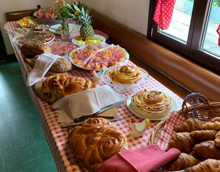 A typical Swiss brunch with an international flavor